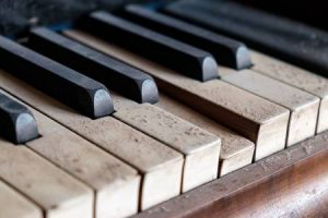 Ugađanje klavira